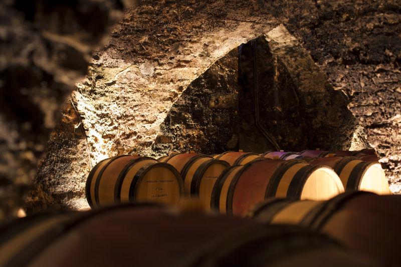 Cave a futs en Bourgogne viticole