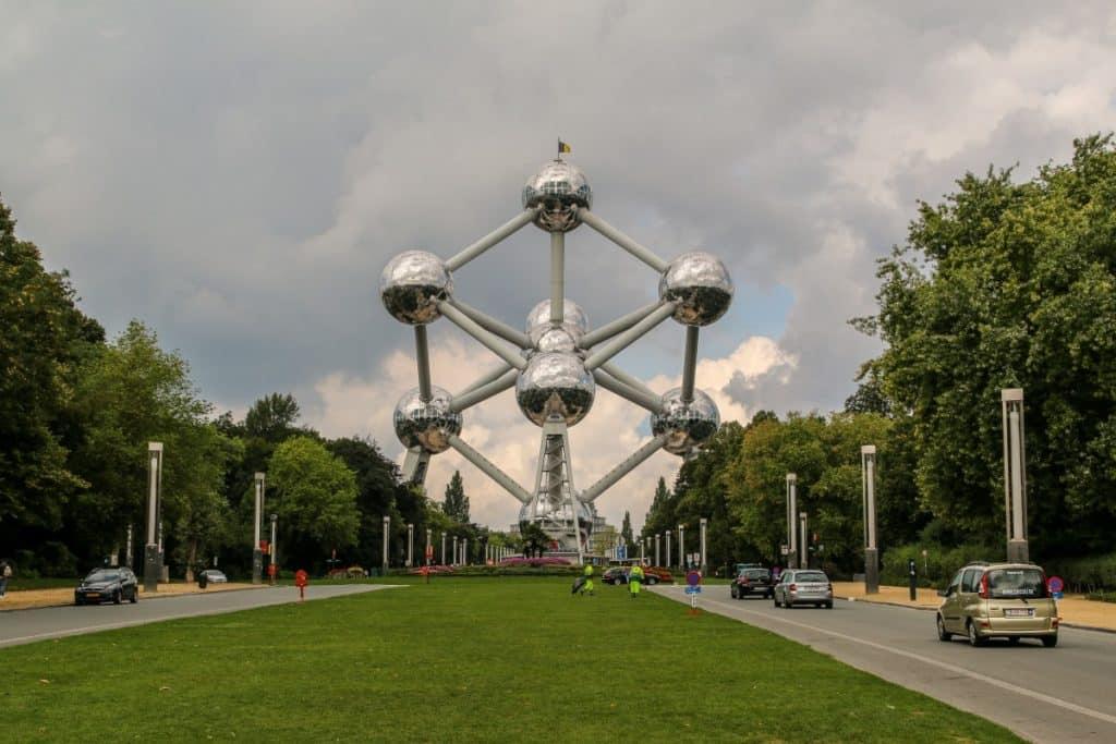 Weekend Brigitte et Michel vous invitent à visiter Bruxelles et environs , vélo, rando, piscine