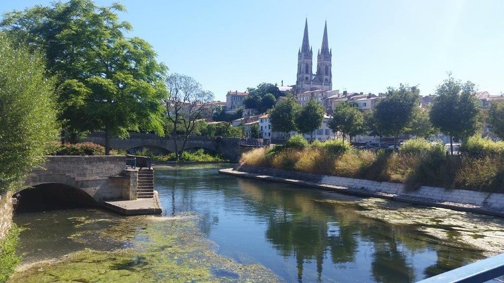 Weekend Véronique vous accueille pour un week-end détente autour de Niort